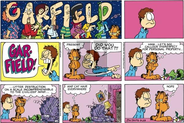 Garfield on Sunday September 29, 2002 Comic Strip